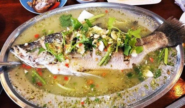recettes thaïlandaises : Pla Kapong Neung Manao