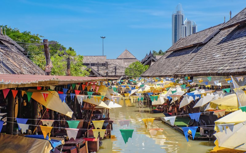 retraite à Pattaya : marché flottant